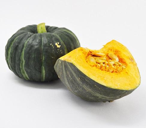 新商品「かぼちゃプリン」の試作